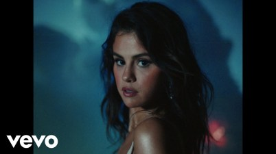 Selena Gomez - Baila Conmigo Lyrics