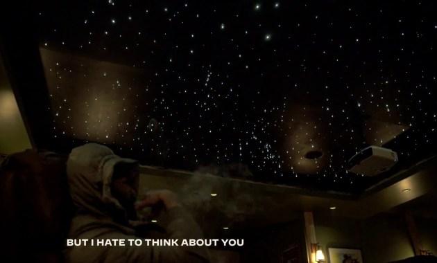 mike. - i don't wanna party Lyrics