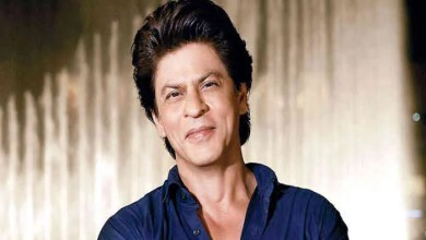 Photo of Do you know the five closest people to Shah Rukh Khan?
