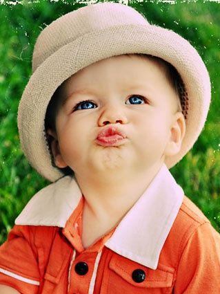Cute Girl Flying Kiss Wallpaper صور فيس شخصيه اجمل صور شخصية للفيس عبارات