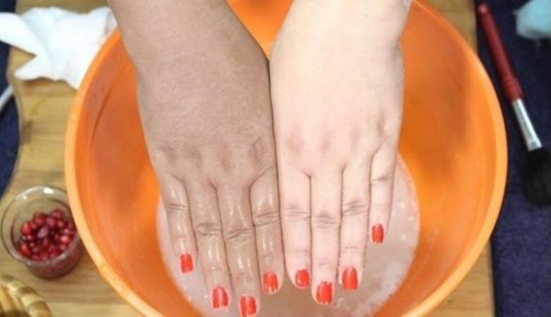 خلطات تبيض اليدين وصفات طبيعيه لتبيض اليدين عبارات