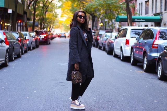 Fashion blogger Liz Lizo