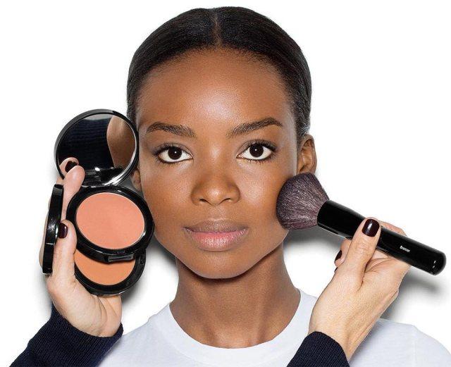 Best Bronzers For Dark And Deep Skin Tones - Lysa Magazine how to apply bronzer