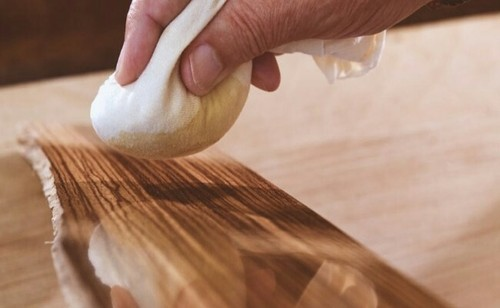 Γυάλισμα ξύλων