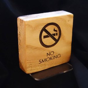 Επιτραπέζιο ταμπελάκι μην καπνίζετε
