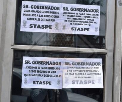 Desandan trabajadores del STASPE al Gobernador