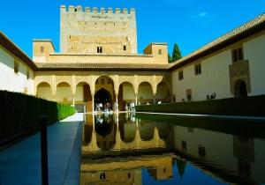 alhambra-364640_1280