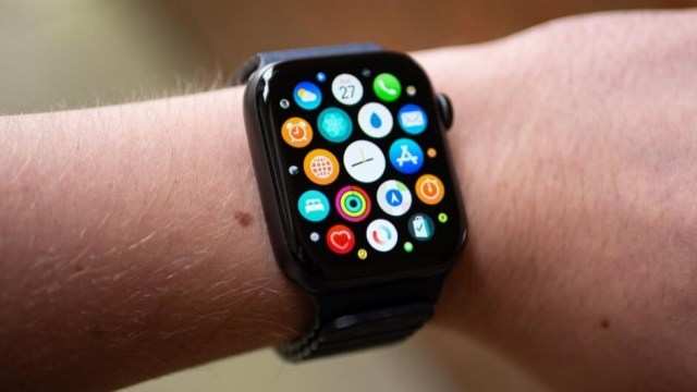 Gurman says that the Series 7 Apple Watch will not have a blood glucose monitor - Bloomberg's top Apple scribe weighs in on the Series 7 watch, next year's iPad Pro, and more