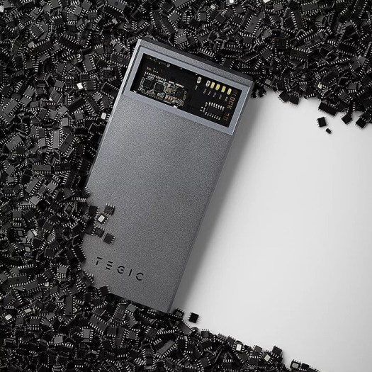 The Block 30 delivers 30W Fast Charging - Tegic puts the sexy in Power Banks with a cool window for viewing the circuitry
