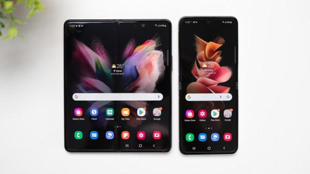 Samsung Galaxy Z Fold 3 vs Galaxy Z Flip 3: elegance or productivity -  PhoneArena