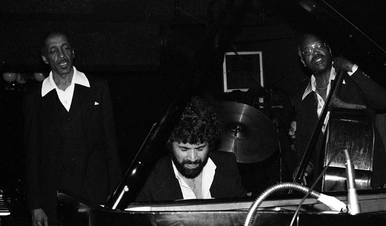 Milt Jackson Quartet ---- Monty Alexander, piano; Andrew Simpkins, bass -- Howard Rumsey's Concerts  By The Sea, Redondo Beach CA ---- May 3, 1979 ---- photo by Mark Weber ---- everything turns into  the blues in Milt Jackson's hands, Bach, Mozart, Broadway show tunes . . . .