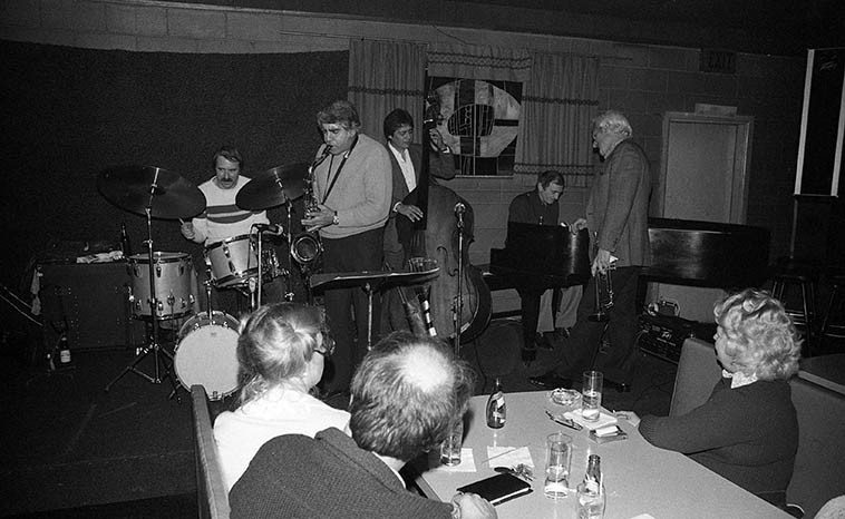 Conte Candoli Quintet -- March 29, 1981 @ Gilberto's, Cucamonga, California -- Larry Covelli, tenor sax; John Dentz, drums, Frank DeLaRosa, bass; Frank Strazzeri, piano; Conte Candoli, trumpet -- photo by Mark Weber ---- a little spot way out on Rt. 66 about an hour east of Los Angeles that had Sunday afternoon jazz, a tradition for us in the 9-5 working class, a little something to cool down before Monday morning back on the dreaded job . . . .