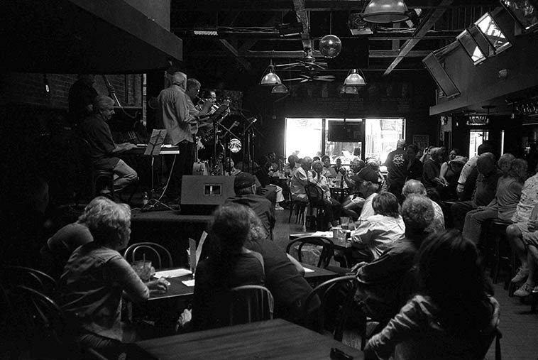 The Lighthouse in Hermosa Beach, California, still cooking -- Lanny Morgan Sextet on a Sunday: Lanny (alto), Chris Connor(b---subbing for Chuck Berghofer ), Tom Ranier(p), Steve Schaeffer(d), Bob Summers(trpt), Doug Webb(tenor) -- June 25, 2o11 -- photo by Mark Weber -- We caught up with Chris Connor recently at our Outpost here in Albuquerque on the Joshua Breakstone Cello Quartet (10nov2o16) -- Lanny's sextet is fleet and incisive and straight to the heart of bop, we play a lot of Lanny on the Thursday jazz show