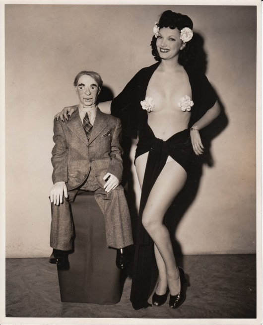 ventriloquy-dummy-with-sexy-burlesque