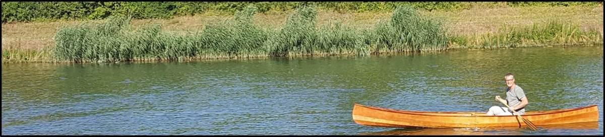 Jungfernfahrt im selbstgebauten Kanu