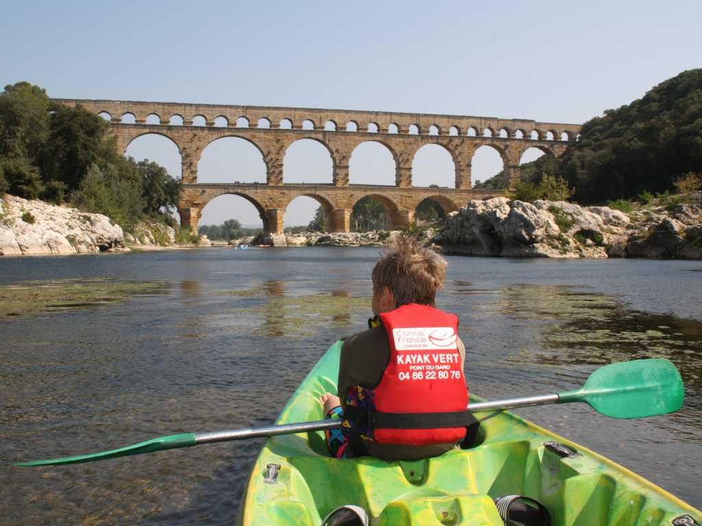 Blick zum Pont du Gard vom Kajyk aus