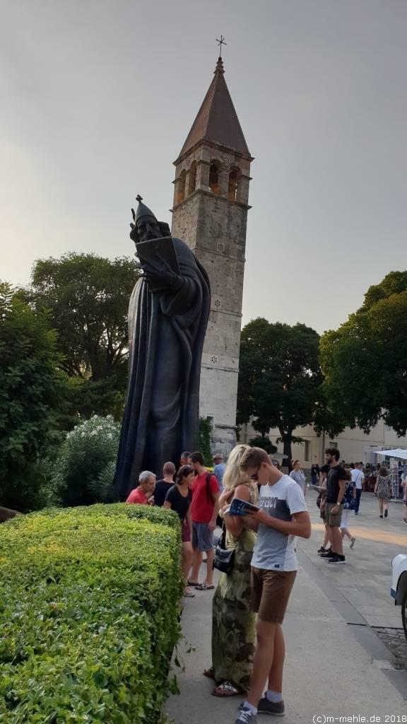 Bronzestatue zu Ehren Gregors von Nin, Split, Kroatien