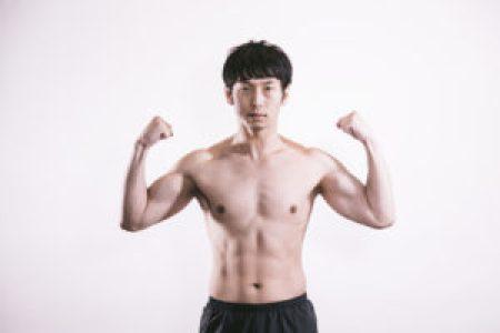 筋肉の付いた男性