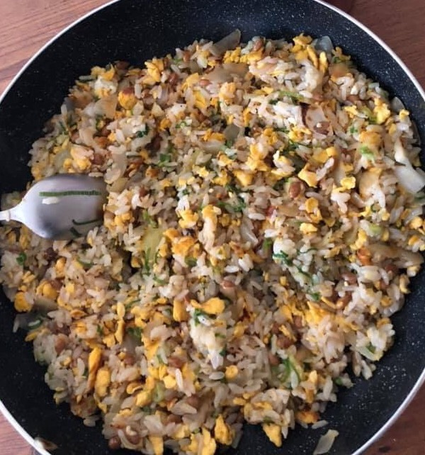 おやじが作る 納豆好きには堪らない 簡単カリカリ食感チャーハン
