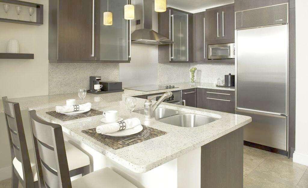 kitchen sink rugs how to update laminate cabinets 别人家的厨房 这才叫有讲究 京东 不知从什么时候开始 曾经那些追求外表光鲜亮丽的精致人们 开始将目光转向生活的细微处 一个款奢华水晶红酒杯 一张手工印花地毯 一套经典厨房水槽
