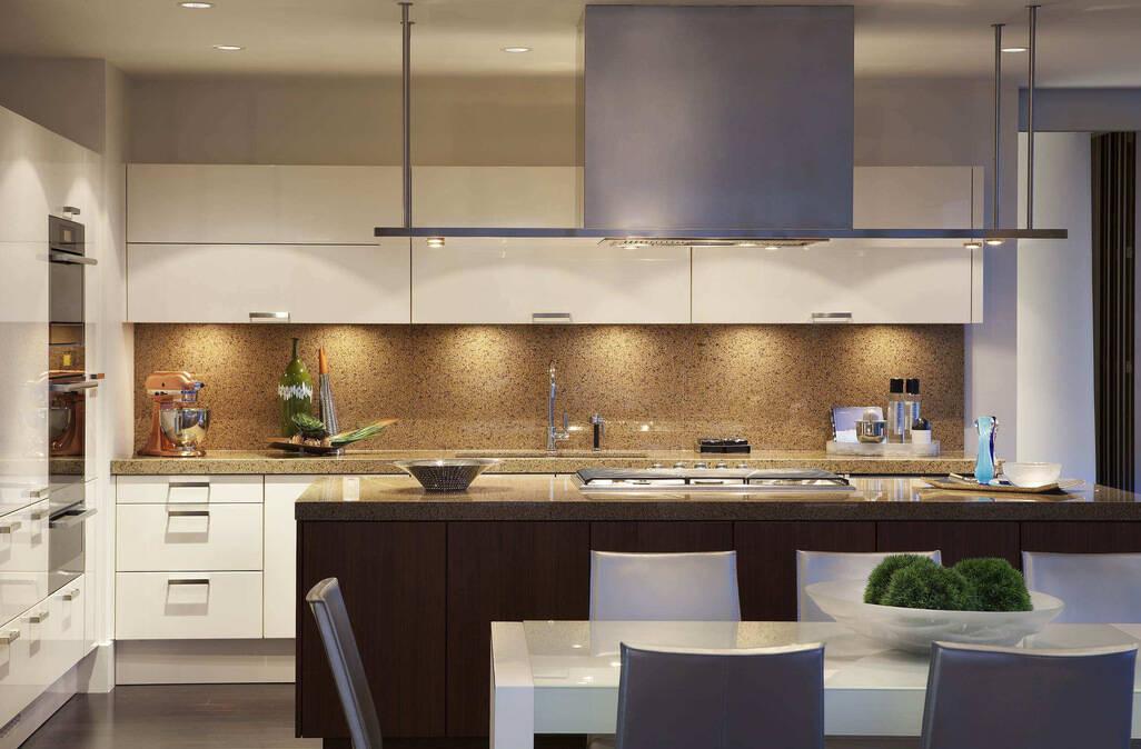 kitchen air trays 抽油烟机应具备什么特性 方可打造洁净厨房 为什么说厨房环境的问题 关乎到厨房抽油烟机的选择呢 首先厨房的空气环境 是与抽油烟机息息相关的 抽油烟选对了 厨房空气环境自然更加出色 其次厨房的洁净问题