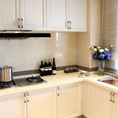 Cheap Kitchen Remodels Horizontal Grain Cabinets 厨房装修很重要 那我们应该怎么装修才能装修的合理美观呢 京东 厨房作为家里一个重要的区域 是装修中的重中之重 它的环境最复杂 而且装修要求也比较高 所以对厨房的装修我们一定要重视起来 把厨房装修的合理又美观 这样让做饭