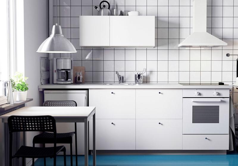 small kitchen remodels black slate floor tiles 小小的厨房大大的空间 掌握4个妙招就好 京东 但是人的创造力是无限的 小厨房改造好了照样能够 五脏俱全 满足大厨们的厨艺需求 改造小厨房 老司机给你传授几招