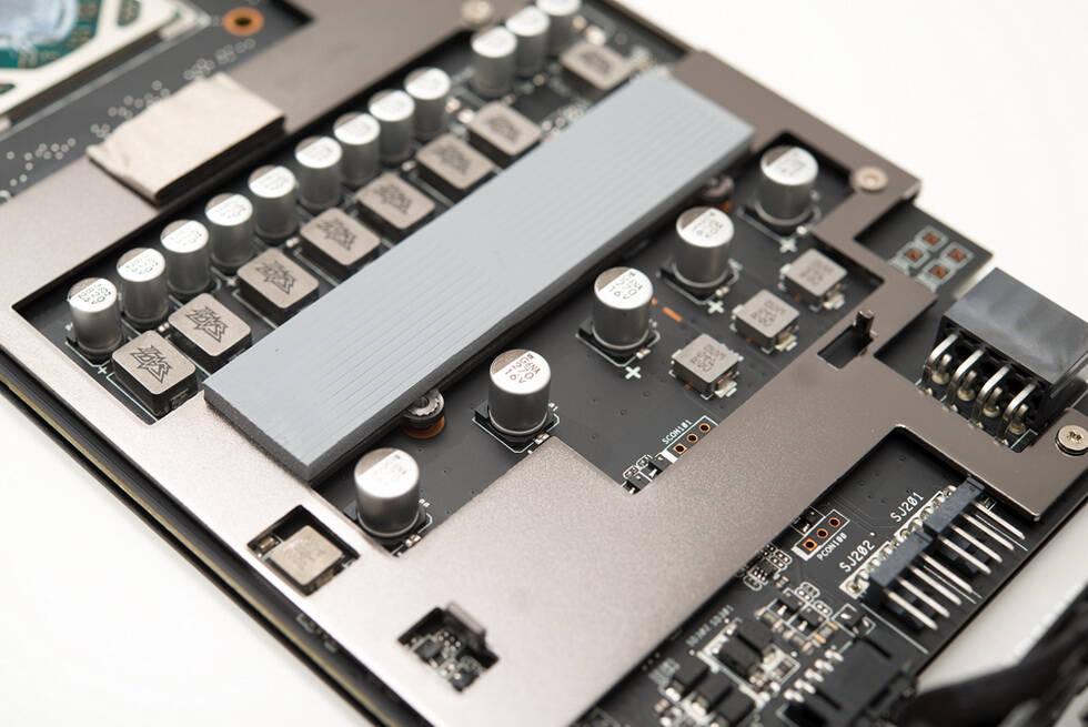 極致北極星 AMD Radeon RX 580顯卡評測 - 京東