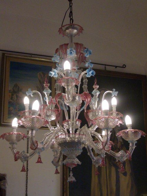 L'esperienza e la competenza dei nostri maestri vetrai di murano si manifesta in questi incredibili lampadari di murano. Vetri Di Murano Pag 3