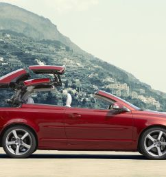 volvo c70 convertible 2009 2013 mk 1 facelift review auto trader uk [ 1200 x 900 Pixel ]