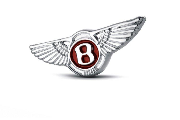 Bentley i Breitling świętują debiut Continentala V8