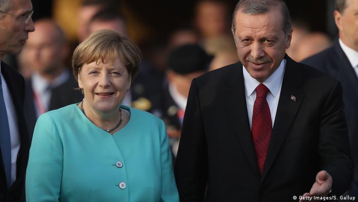 Almanya Başbakanı Angela Merkel ve Türkiye Cumhurbaşkanı Recep Tayyip Erdoğan