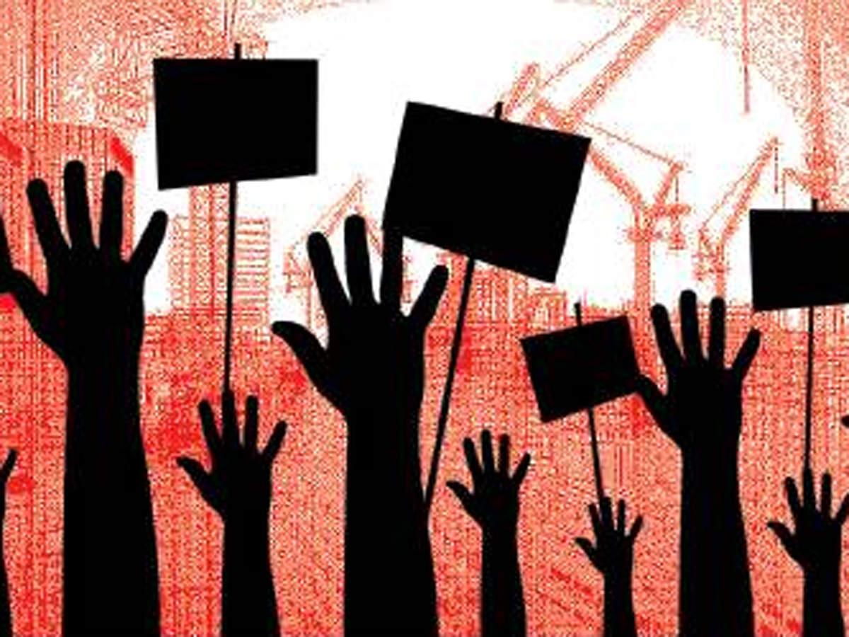 Jagan Gets Heat From Contractors-Telugu Breaking News-11/18