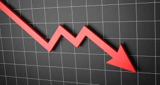 Moody's: Moody's slashes rating outlook of Indian banks, state utilities -  The Economic Times
