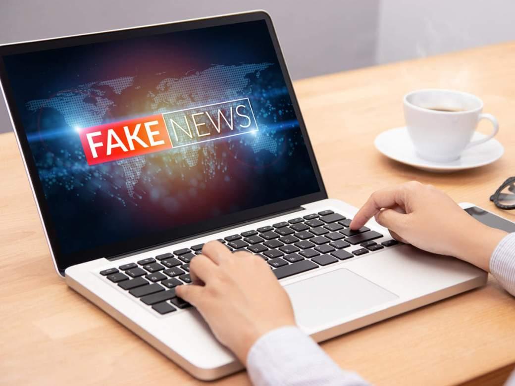 Coronavirus Fake News: SC asks Centre to curb fake news on ...