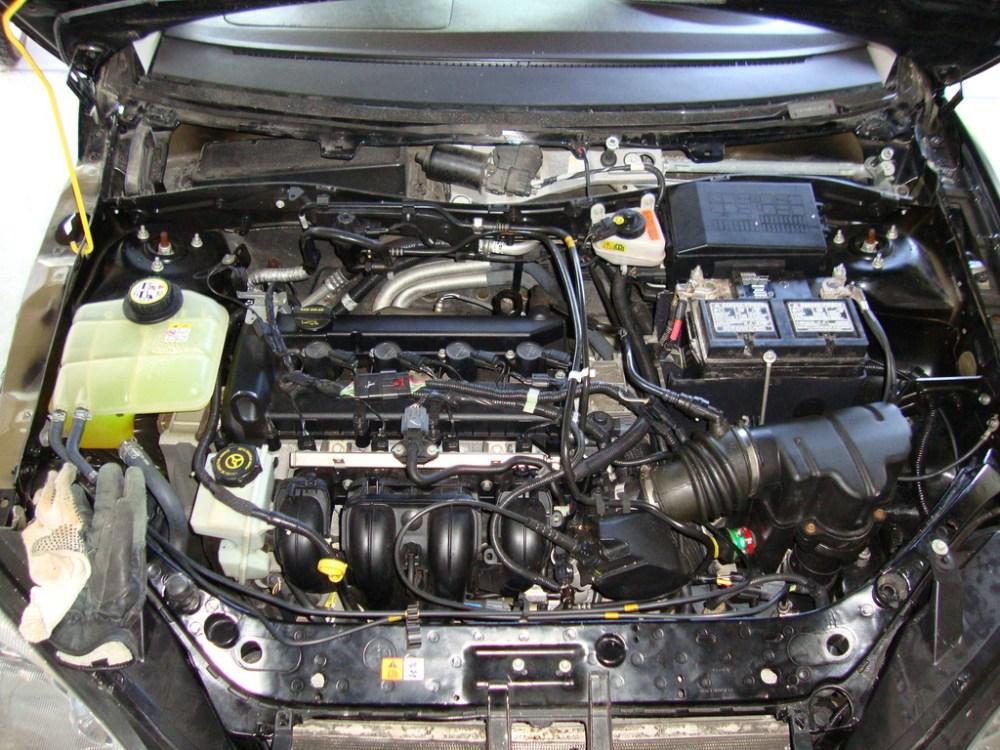 medium resolution of 2006 ford escape engine compartment diagram