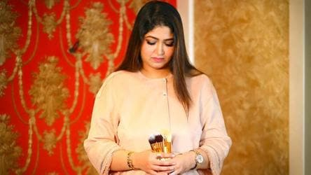 Makeup Artist Fatima Khan Likes To Amp