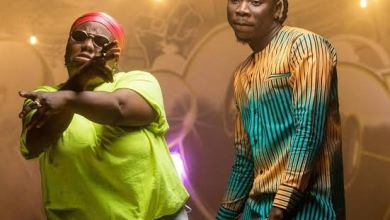 Photo of Download Mp3 : Stonebwoy ft. Teni – OLOLO