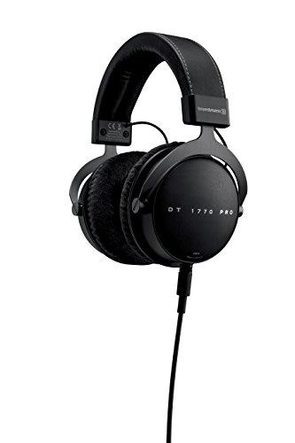 beyerdynamic DT 1770 PRO Over-Ear-Studiokopfhörer in schwarz. Geschlossene Bauweise, steckbares Kabel