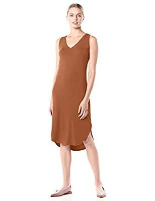 Easily dressed up or down, this midi-length tank dress flatters with smooth jersey, a V-neckline, and a curved dropped hem Luxe Jersey - Perfectly rich, smooth fabric that drapes beautifully Start every outfit with Daily Ritual's range of elevated ba...