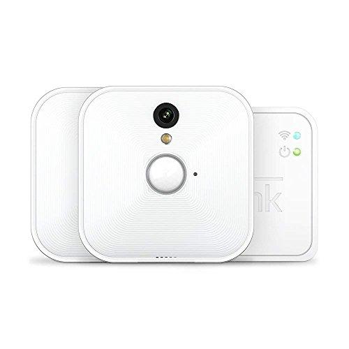 Sistema di telecamere per sicurezza domestica Blink (1a Generazione), per interni, rilevatore di movimento, video HD, batteria con una durata di 2 anni, archiviazione sul cloud, Sistema a 2 telecamere