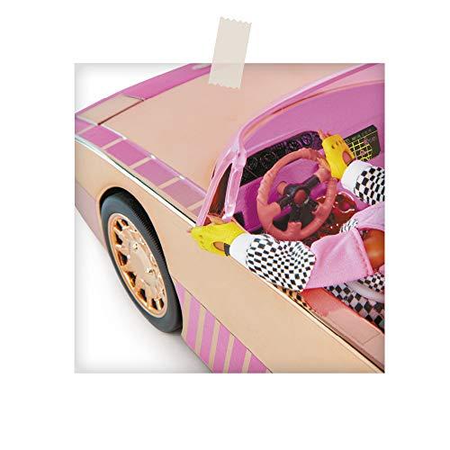 Image 7 - L.O.L. Surprise, Lights Car-Pool Coupe - avec 1 Poupée exclusive 8cm, lumière Noire, coffre Transformable, Poupée phosphorescente, Accessoires, Piles non incluses, Jouet pour Enfants dès 3 Ans, LLUB7