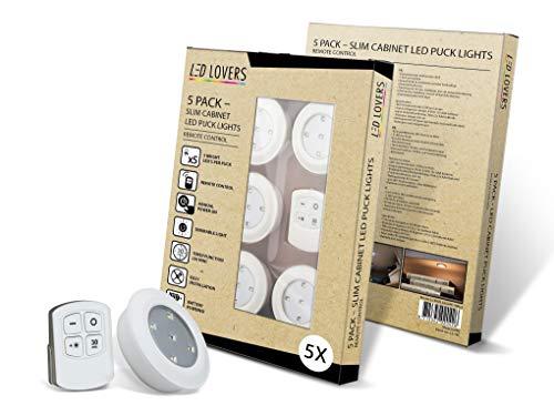 LED LOVERS Faretti a LED Per Interni | Luci Adesive per Armadio | Senza fili con Telecomando | A Pile | Per Cucina, Bagno, Scaffali | Illuminazione notturna bambini (Set di 5)