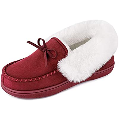Whole sizes are available, US standard. From 6 to 11, medium width. Because of the heel collar design, the size of this slipper is smaller than the regular women's size. We recommend you select one size larger than you normally wear. Why it can make ...