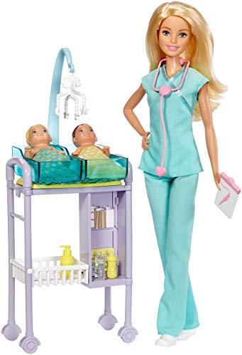 Barbie Playset Pediatra, Bambola con Capelli Biondi, Accessori a Tema, Set per Le Visite e 2 Piccoli...