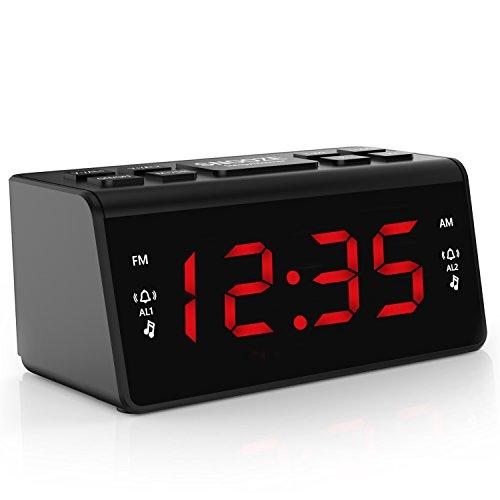 Digital FM AM Radiowecker Uhr Mit Nachtlicht-Funktion, Easy Snooze, Dual Alarm, Sleep-Timer – Anpassbare Helligkeitsregulierung (AT-48)