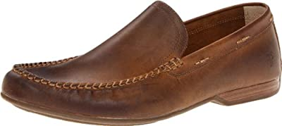 STYLE AND DESIGN: This slip-on combines the elegant and lightweight style of the classic Italian driving shoe with Frye's signature craftsmanship. Made in a variety of rich oiled leathers and suedes, accented with heavy stitching COMFORT: Soft leathe...