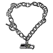 Officially licensed product licensee: Siskiyou buckle Bracelet is 7.5 inches Easy toggle style clasp Large link style chain Team charm with enameled team colors Officially licensed NFL product Bracelet is 7.5 inches Easy toggle style clasp High polis...