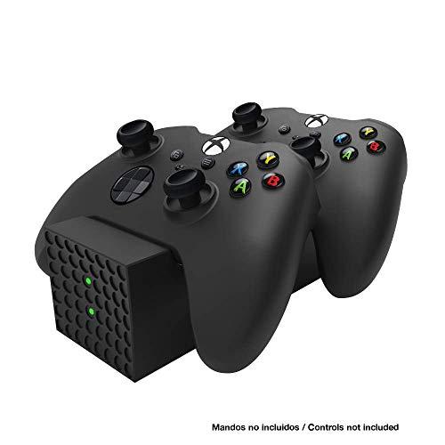 - Base Cargador para mandos para Series X y S (Xbox Series X)