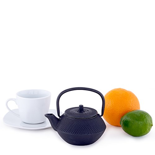 Product Image 3: Old Dutch Cast Iron Saga Teapot, 11-Ounce, Black